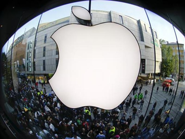 Apple Hires Senior Tag Heuer Executive as iWatch Nears