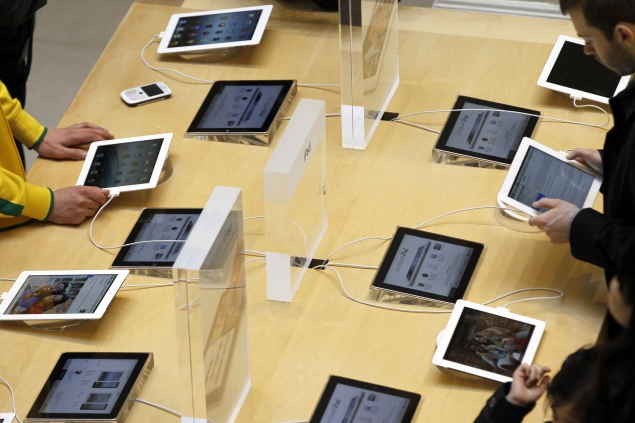 Apple Store in Paris robbed of goods worth $1.32 million