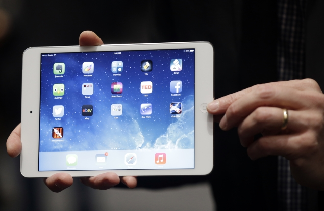 apple-new-ipad-mini-front-635.jpg