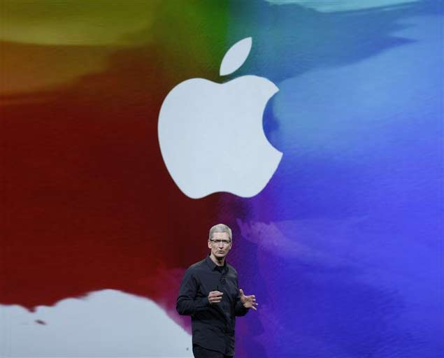 Apple CEO thanks employees for incredible year, grants extra time off