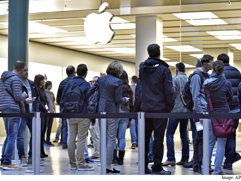 Apple to Pay Italy EUR 318 Million After Tax Fraud Probe