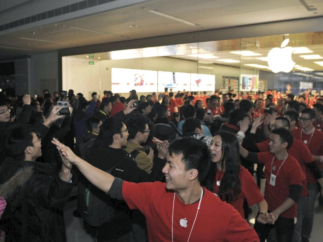 Xiaomi and Apple Executives Trade Smartphone Barbs in China