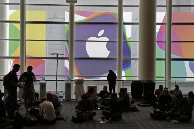 Apple to begin shipping two new iPhones in September: Report