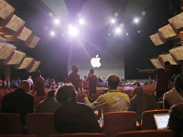 Apple in Fresh Push to Gain Bigger Share of Enterprise Sales