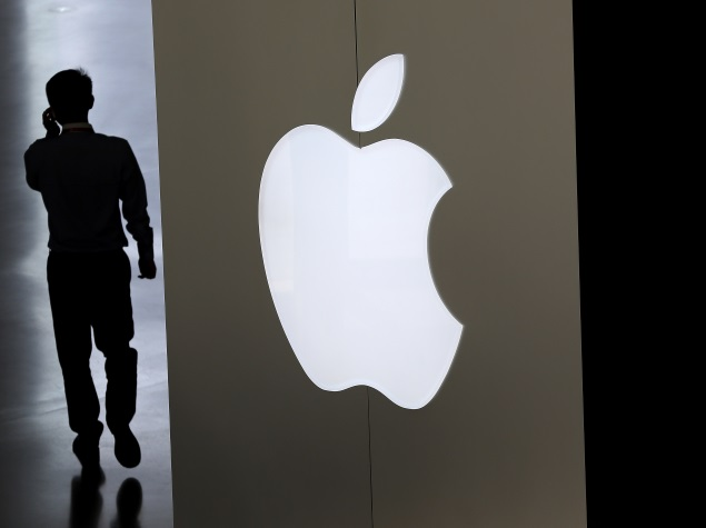 Apple Urged by IT Minister to Set Up R&D Facility in India