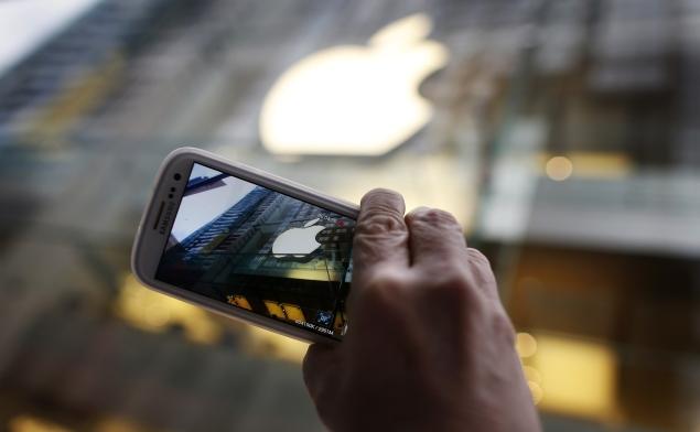Samsung, Apple agonise over smartphone profit margins