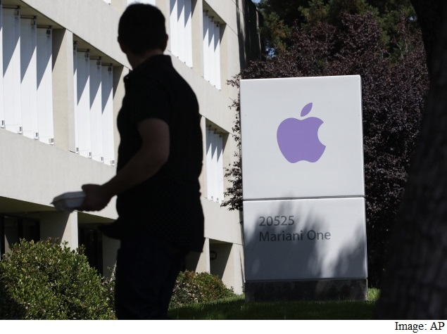 Apple Buys a Company for Data Analysis