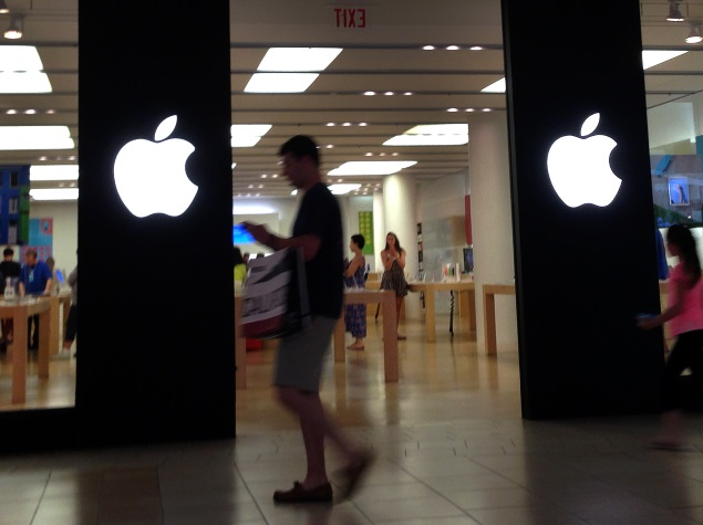 iPhone 6 Sales in China on Hold Pending Licence Approval