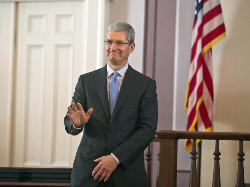 Apple's Cook Reassures Investors on China, Stock Boomerangs