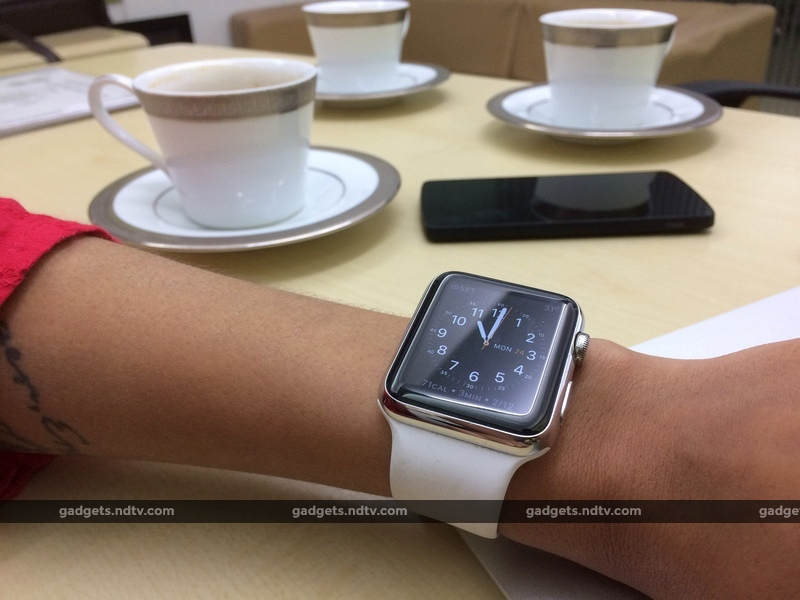 apple_watch_hand_cups_ndtv.jpg