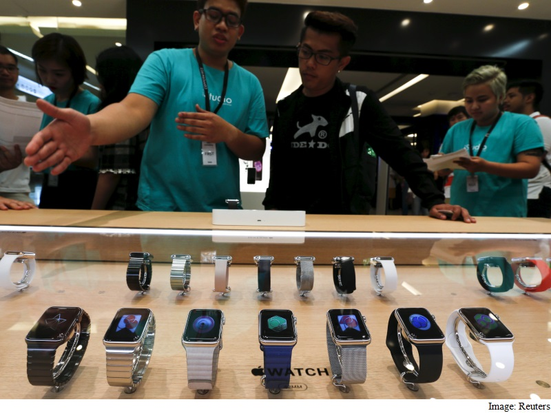 Smartwatches Will Definitely Overtake Fitness Bands, Says Gartner