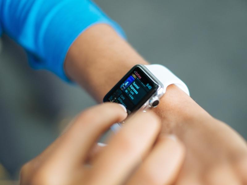 ऐप्पल मैकबुक, आईमैक और ऐप्पल वॉच समेत कई गैजेट पर भारी छूट