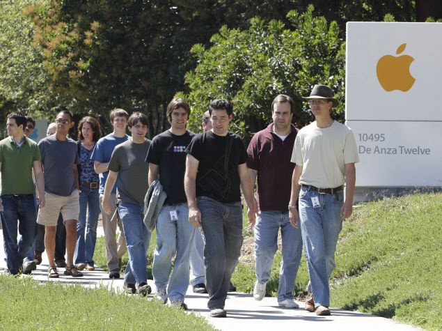 Apple Workforce Diversity Data Reveals It's Mostly White, Asian, and Male