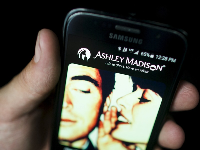 Ashley Madison Hackers Reportedly Vow More Attacks