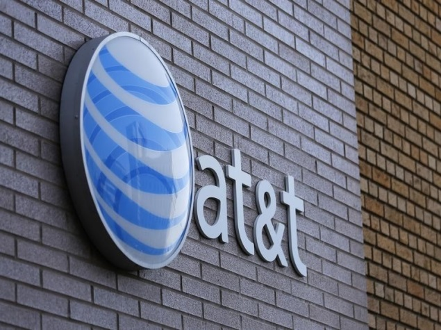 AT&T Says DirecTV Deal Will Only Help Slow Price Hikes