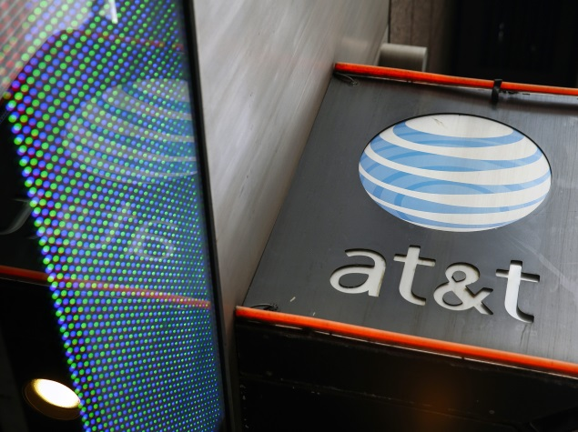 AT&T, US Telecom Groups Seek To Block New Internet Rules