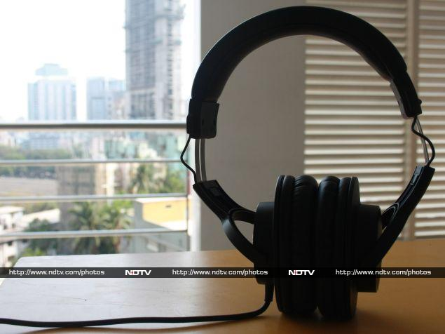 audio-technica_ath-m20x_cover2_ndtv.jpg