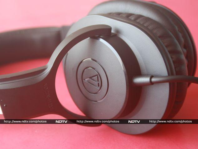 audio-technica_ath-m20x_earcups_ndtv.jpg