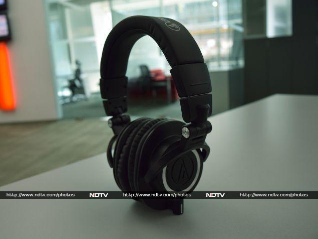 audio-technica_ath-m50x_side_ndtv.jpg
