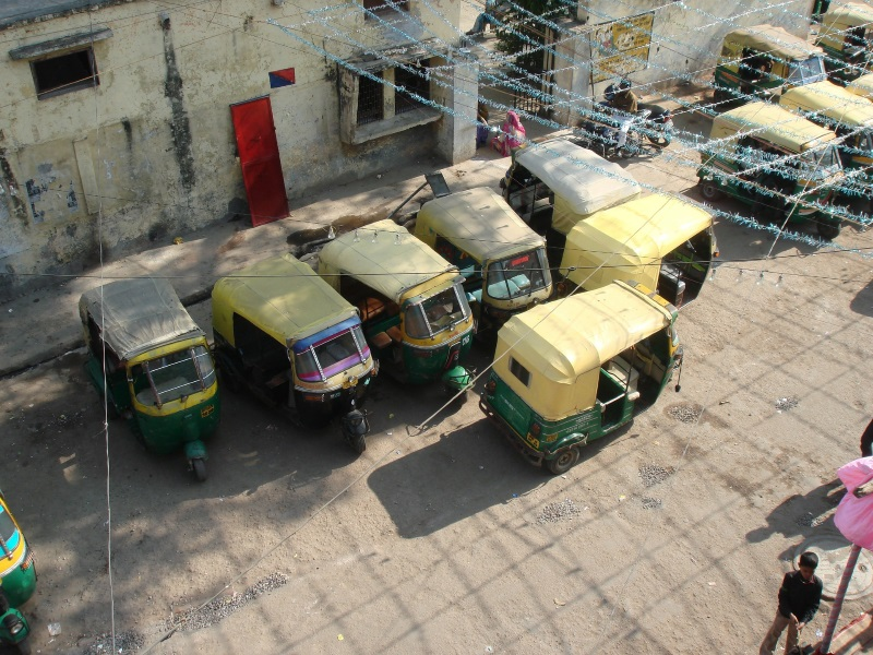 Delhi's Auto, Taxi Unions Withdraw Call for Strike on Monday