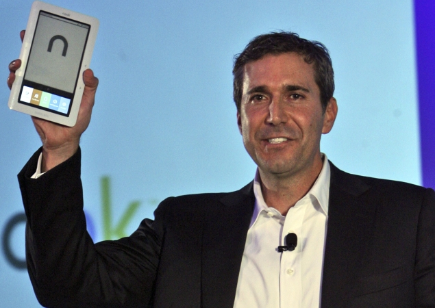 Barnes & Noble CEO resigns after Nook sales slump