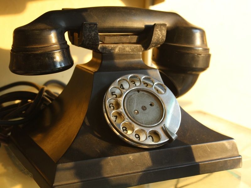 Telephone Subscriber Base Grows to 105.88 Crores in March: Trai