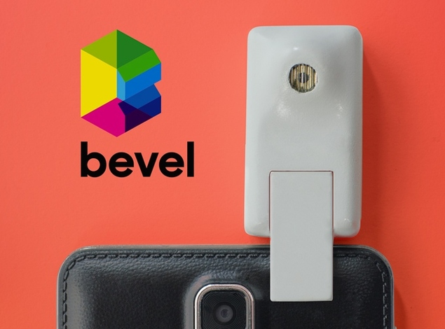 Bevel Is a 3D Camera for Any Smartphone
