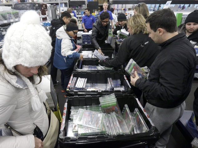 Will In-Store Pick-Up of Online Sales Pay Off for Retailers?