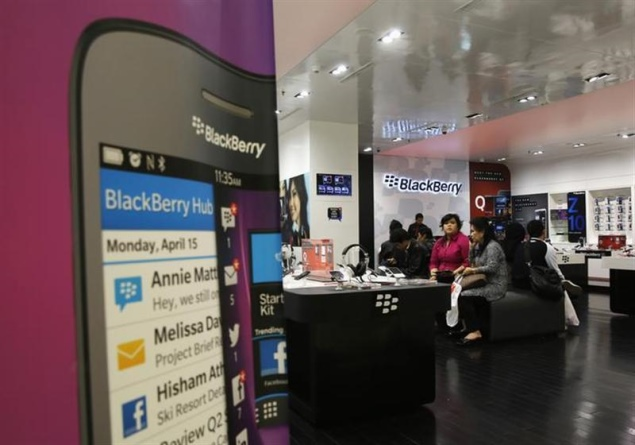 BlackBerry signs unique handset production deal with Foxconn