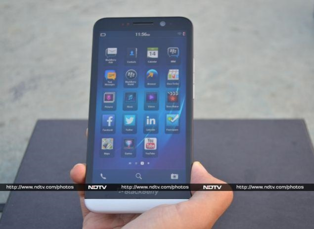 9a7d50cf1e7 BlackBerry Z30 review | NDTV Gadgets360.com