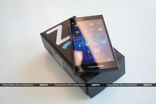 blackberry_Z3_box_ndtv.jpg