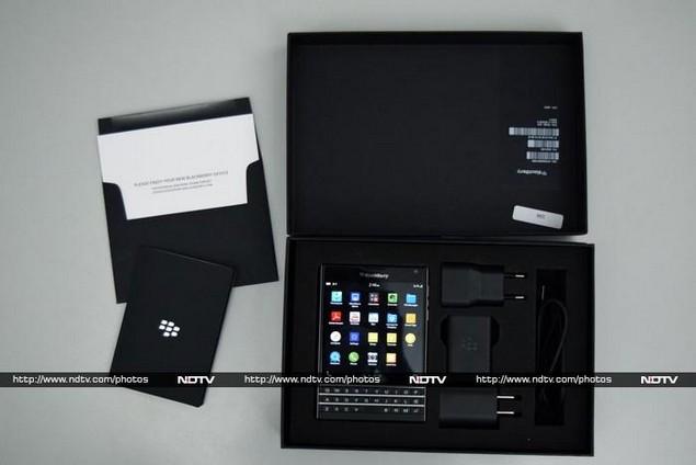 blackberry_passport_box_ndtv.jpg