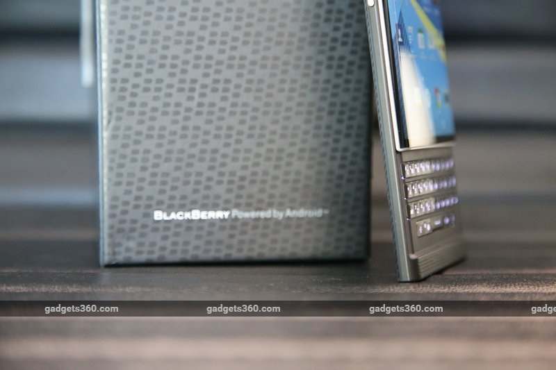 blackberry_priv_boxlower_ndtv.jpg