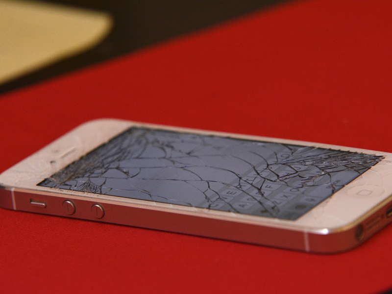 New York Kills Right-to-Repair Bill That Could Make It Easier to Fix Your Phone