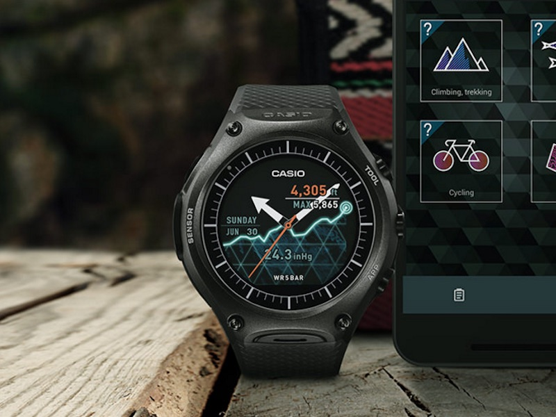 Casio Smart Outdoor Watch With Android Wear Launched at CES 2016