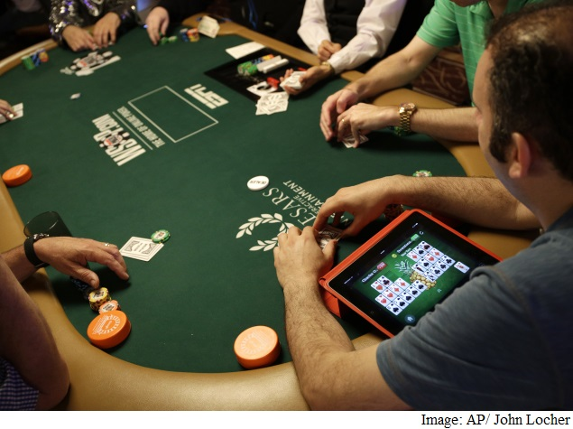 Know When to Fold 'Em: Computer Aces Texas Hold 'Em Poker