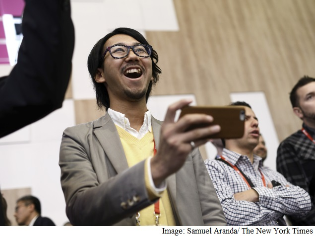 Smartphones Set Off a New Wave of Corporate Self-Reinvention