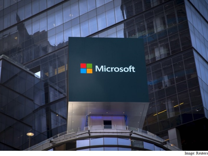 Microsoft Goes Underwater for a Data Center Solution