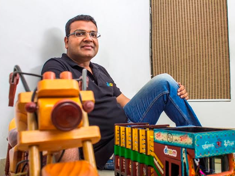 Personally Tech With Droom CEO Sandeep Aggarwal