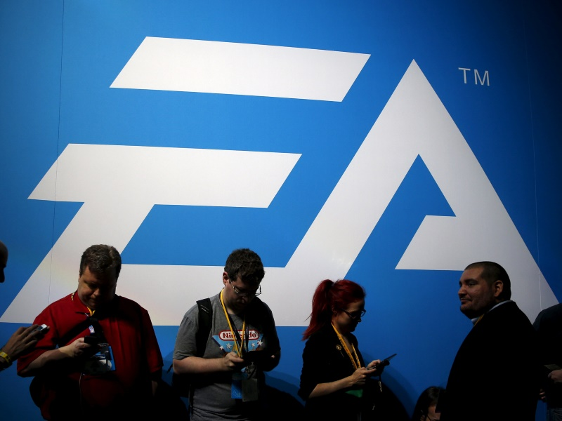 EA Posts Unexpected Profit on Higher Game Downloads