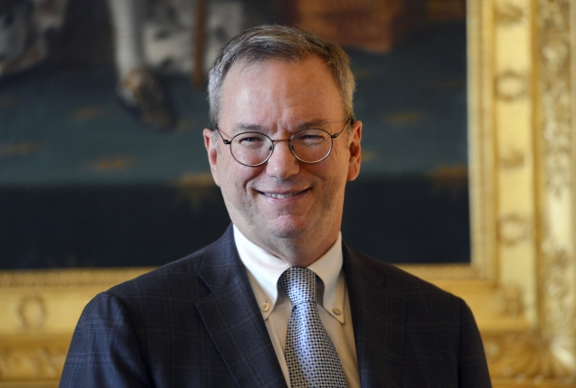 Google Chairman Schmidt to sell roughly 42 percent of his stake