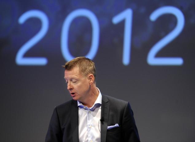 Ericsson seeks more cost cuts as global slowdown bites