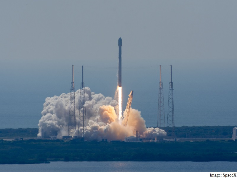 SpaceX Launches Satellites but Fails to Recover Rocket
