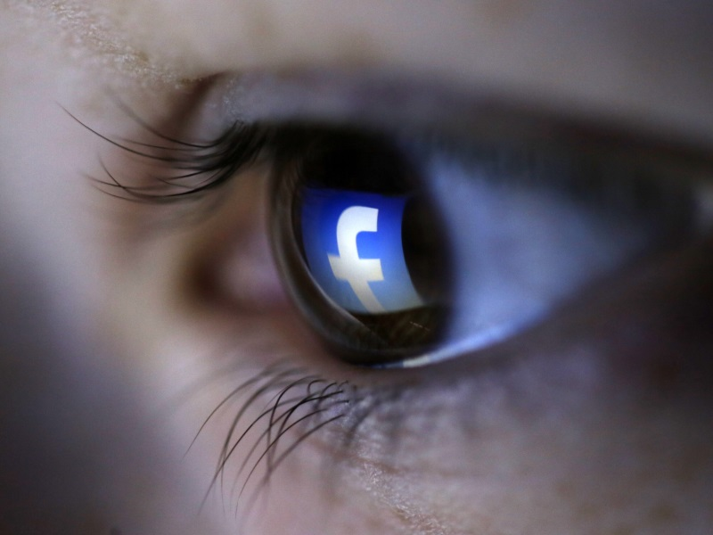 Hate Facebook? Survey Shows Why You Log in Again