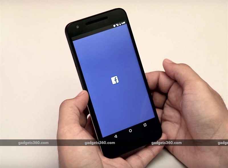 Facebook to Kill Photo Sync; Asks Users to Move to Moments App