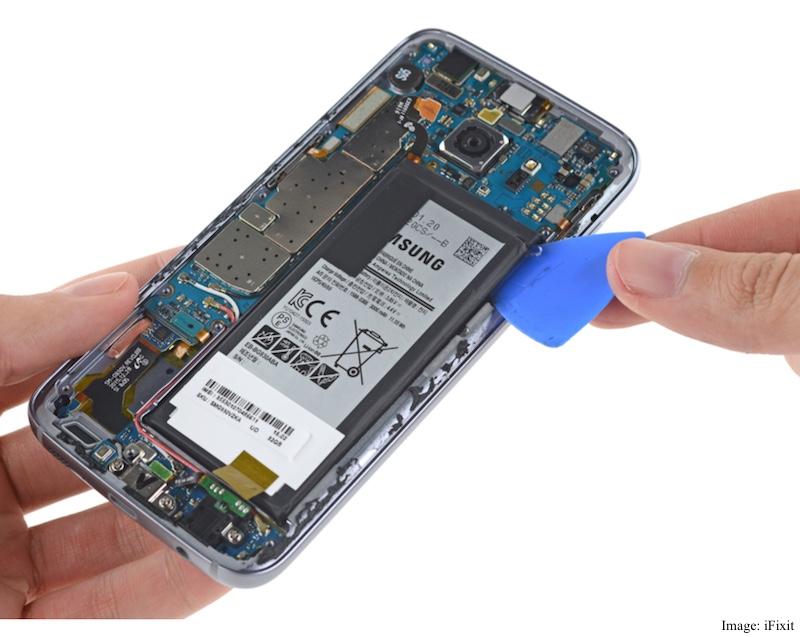 Samsung Galaxy S7 Gets Teardown Treatment, Receives Poor Repairability Score
