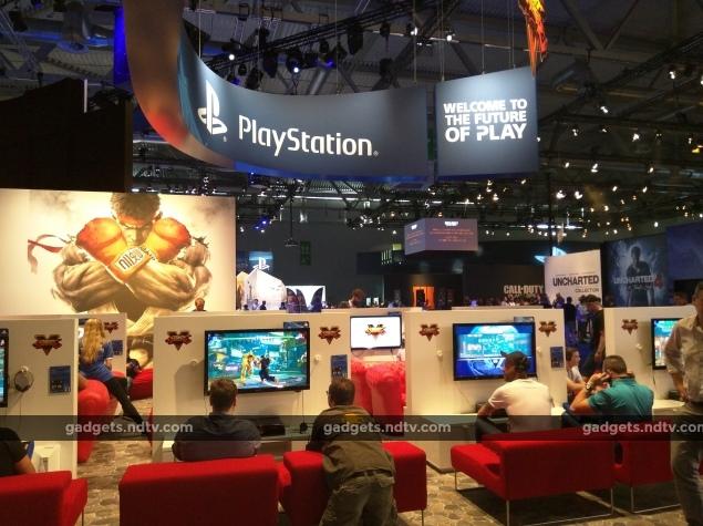 gamescom2015_sf5_booth_ndtv_3.jpg