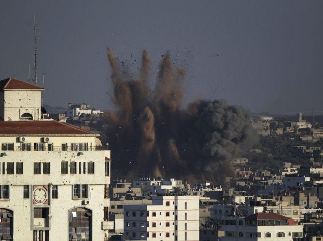 Gaza Teen's War Tweets Make Her a Social Media Sensation
