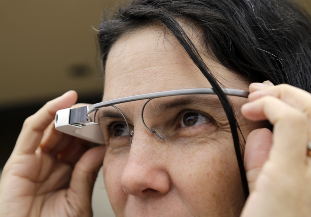 Google Glass used in yet another surgery, this time in India