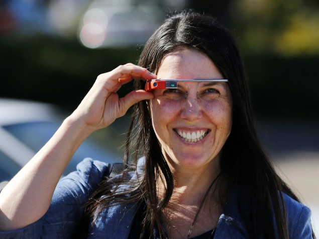 US states eyeing laws to ban Google Glass while driving